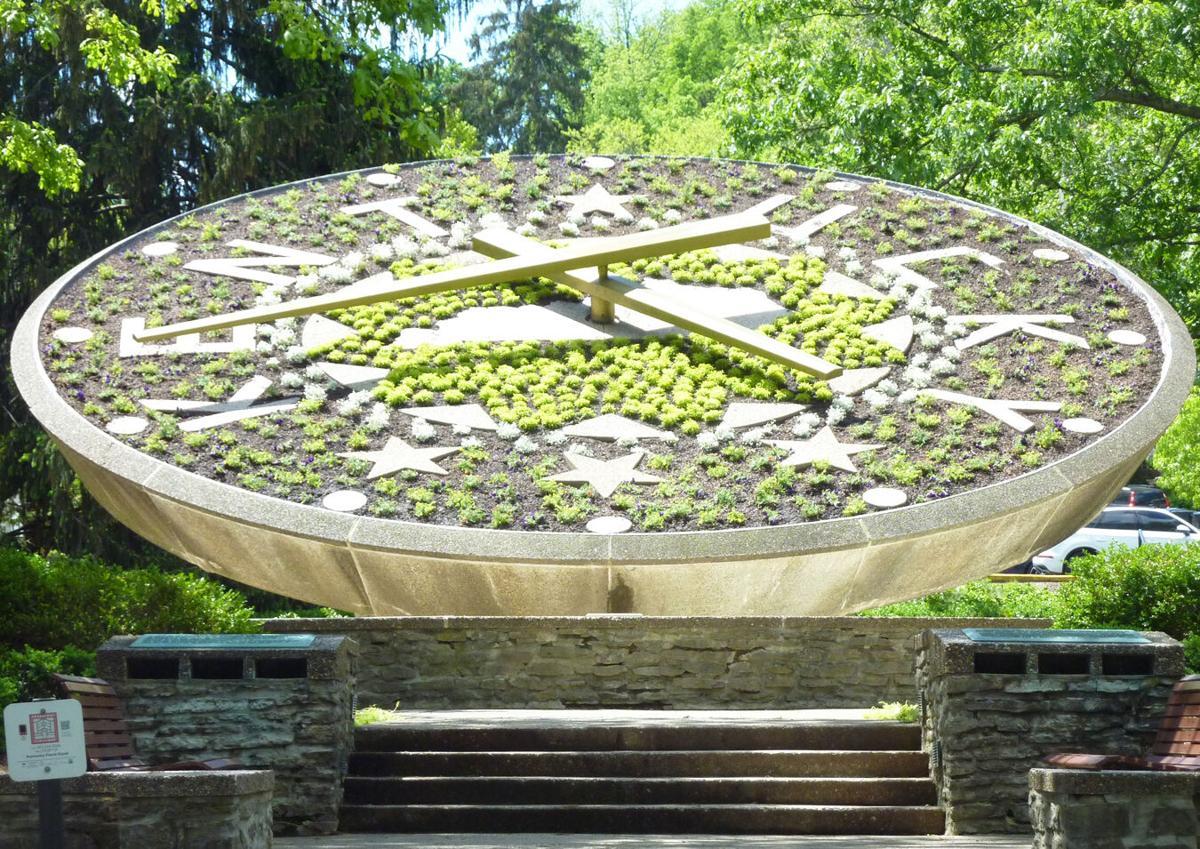 051421 Floral clock