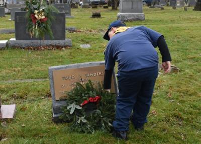 121719_wreaths01_MH.jpg