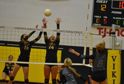 South Iredell-West Rowan volleyball
