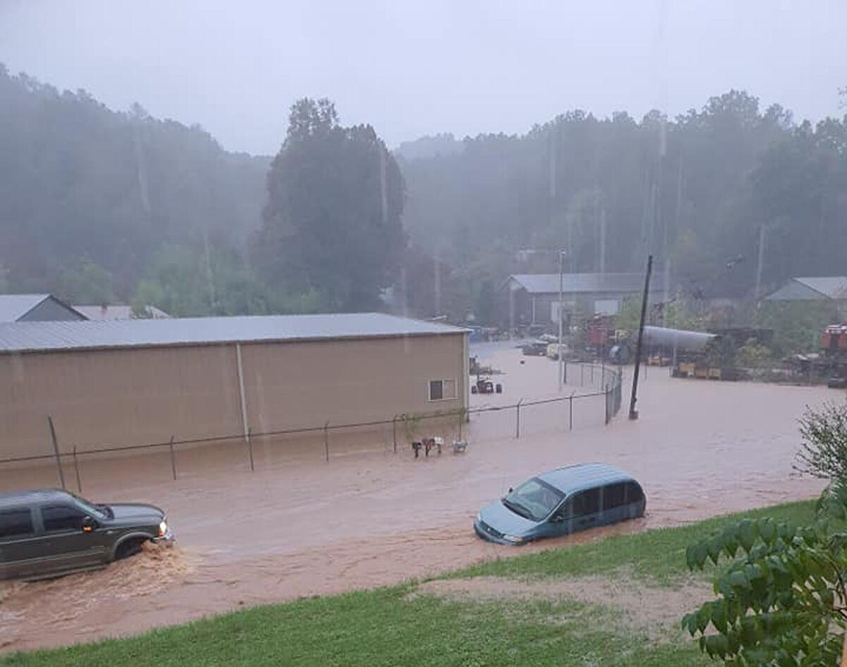 100821-mmn-nws-flooding1-p2.jpg