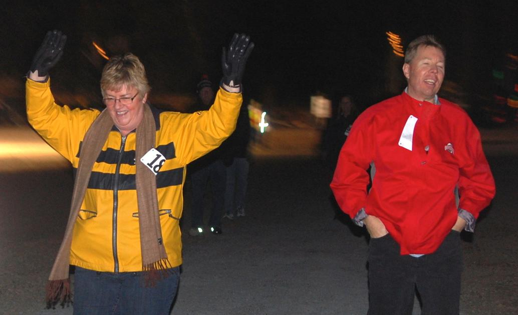 250 brave cold for \'Light the Night\' 5K | News | statesville.com