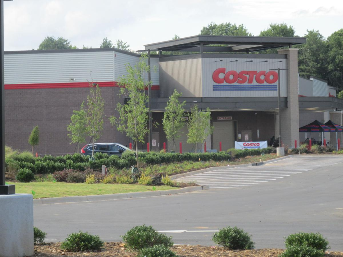 Crowd turns out for Mooresville Costco opening | Business
