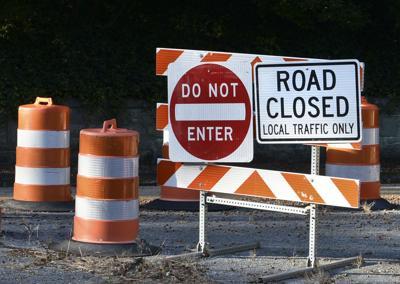 #generic_road_closed