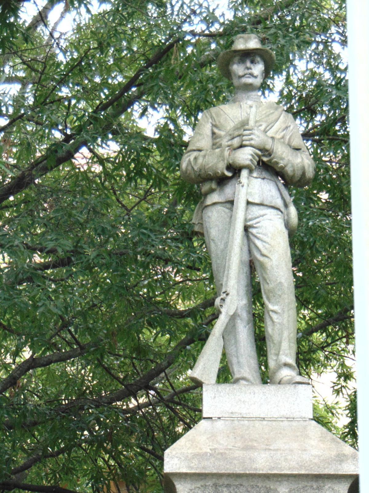 Controversy over a statue
