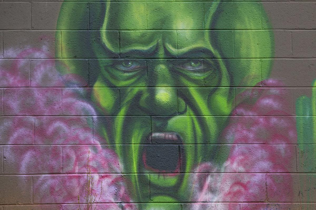 Wizard of Oz murals