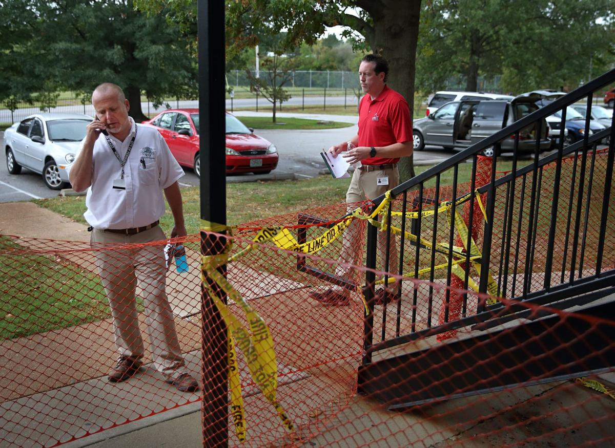 Park Ridge Apartments building condemned by Ferguson