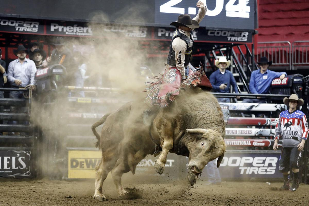 Missouri Bull Rider Lowe Is Confident Scottrade Return