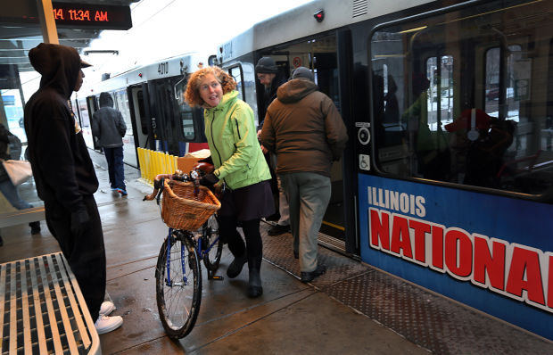 Some bike riders oppose St. Louis County's bike-friendly ordinance