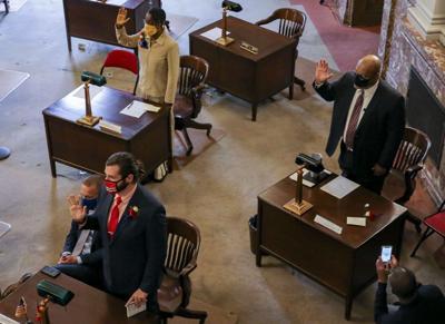Aldermen sworn in at City Hall