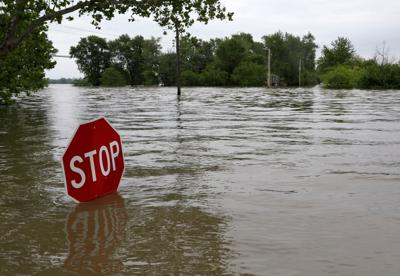 Mississippi River floodwater crests around St. Louis