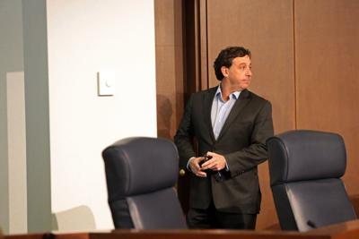 County council passes resolution to remove Stenger
