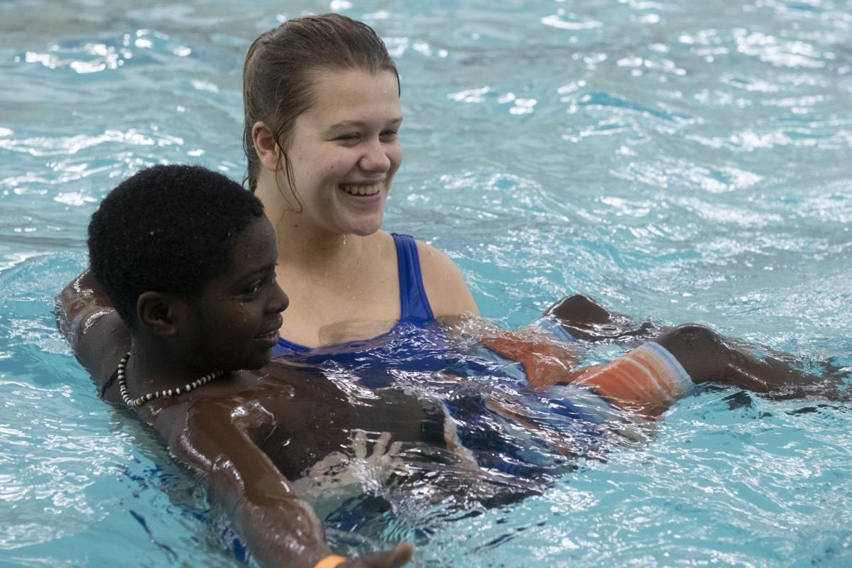 Refugee students hone their swimming skills
