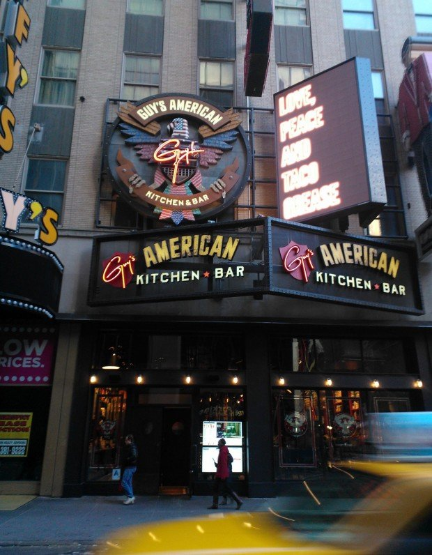 Guy S American Kitchen Bar In Times Square