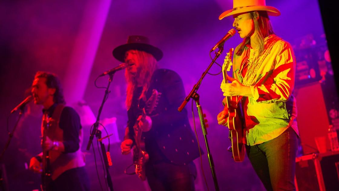 iParty • Allman Betts Band at Chesterfield Amphitheater