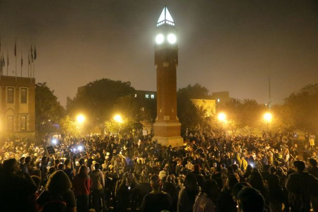 Hundreds of protesters stage sit-in at St. Louis University