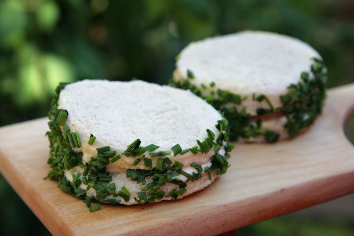 James Beard's Onion Sandwiches