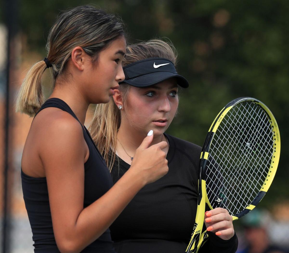 Class 3 District 1 girls tennis individual tournament