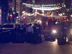 加害者は致命的に撮影男ダウンタウンサンクトペテルブルルイスには、身体からピックアップと合わせたトラック