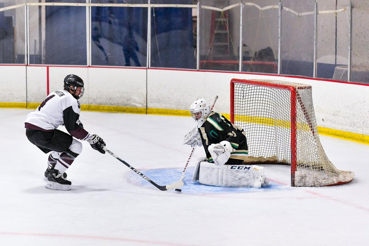 01/08/2021 - ice hockey - Lindbergh vs Summit
