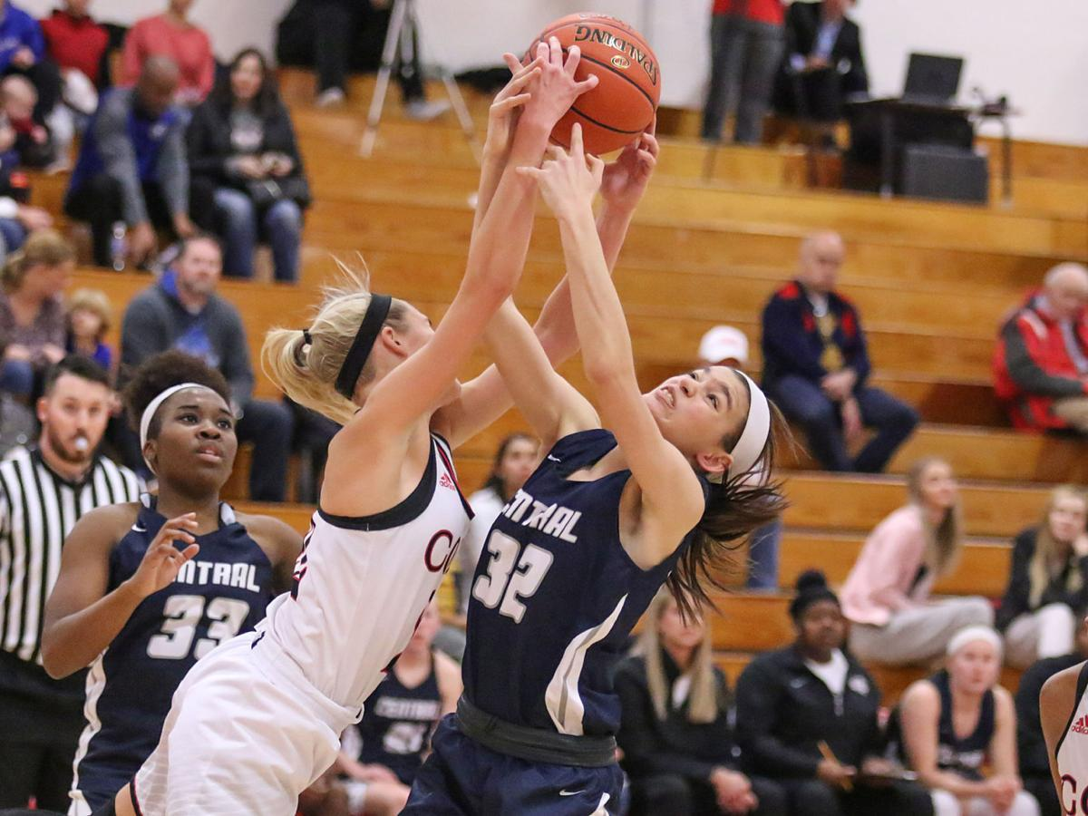 Parkway Central vs. Francis Howell Central girls basketball
