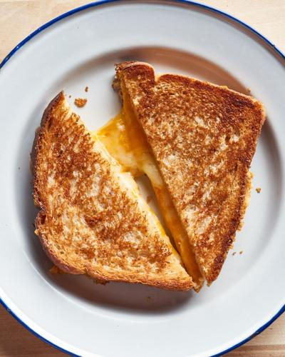 entree-grilled-cheese-20210426