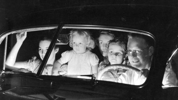 Vor 65 Jahren: Eröffnung der Nacht zum South Twin Drive-In Theater