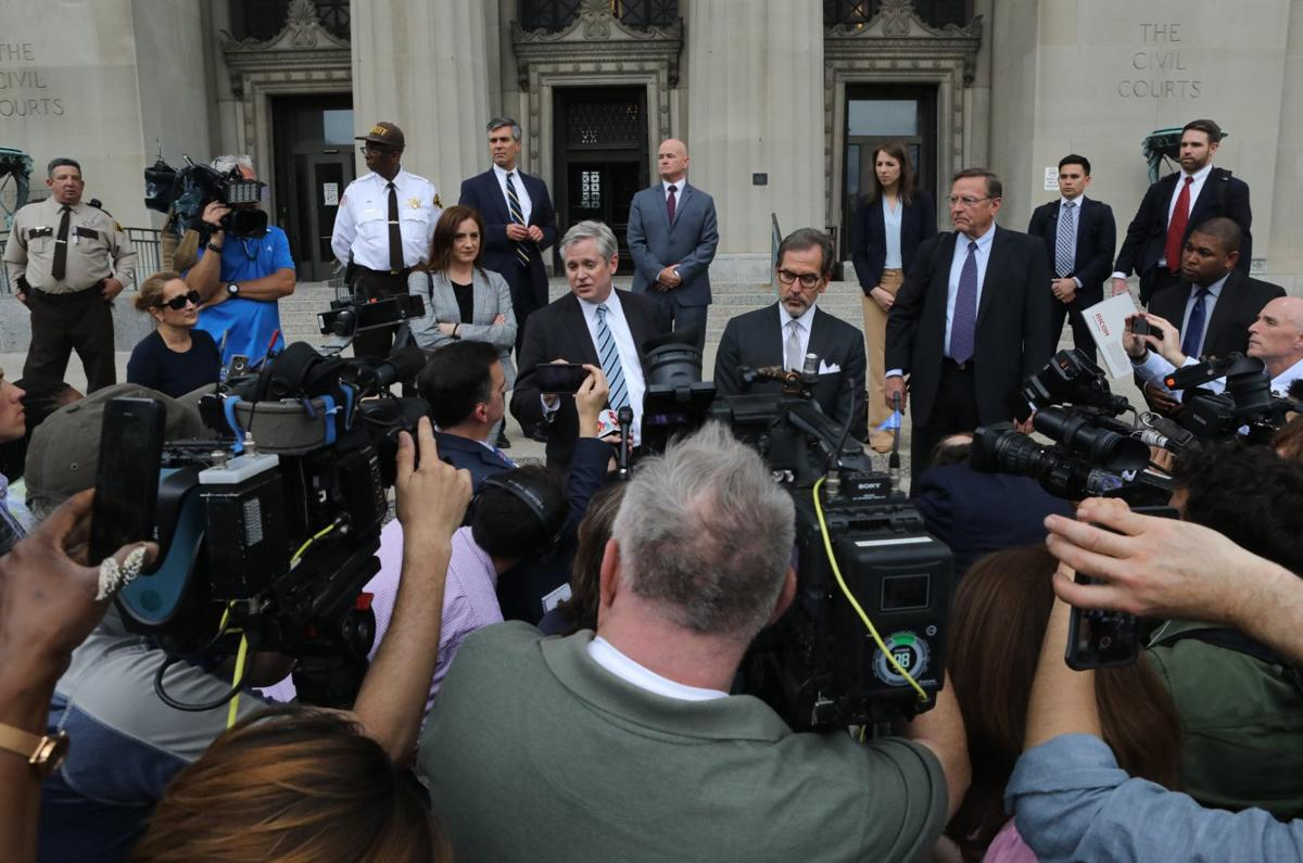 Case dismissed against Gov. Greitens