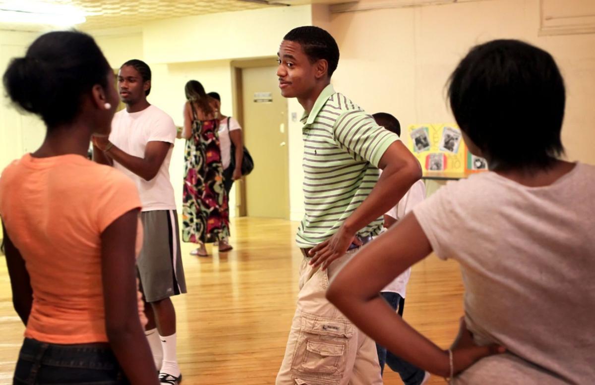 Olajuwon Davis college aid