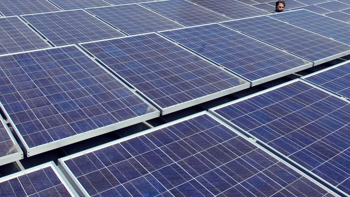 Ameren building solar facility near Lambert airport for customers to tap into renewable energy