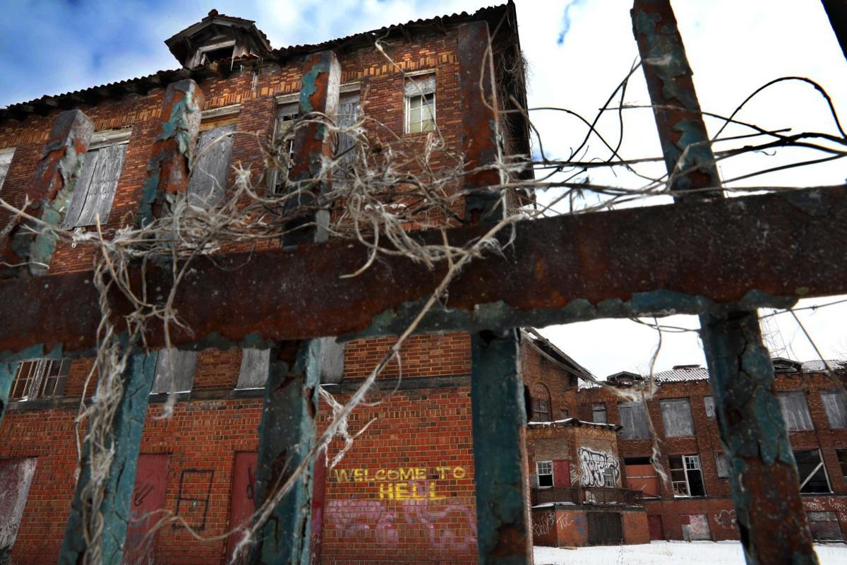 Carr School awaits redevelopment