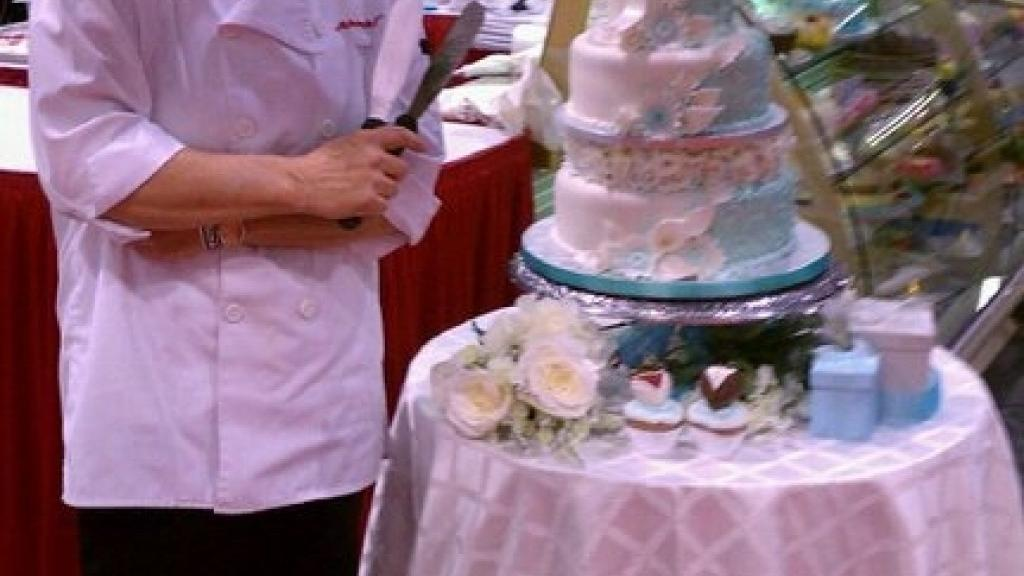 Schnucks Cake Decorator Captures National Title Food And Cooking