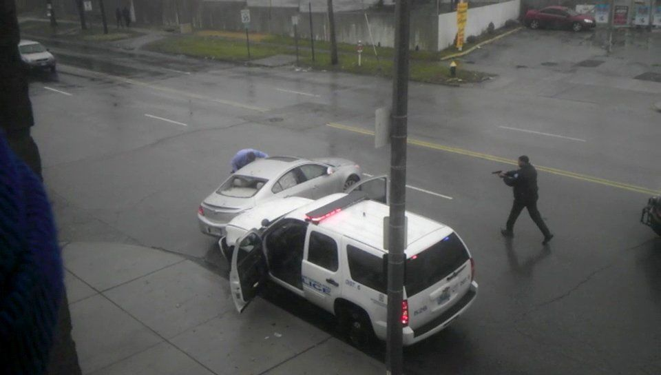 Controversial police shooting from Dec 2011