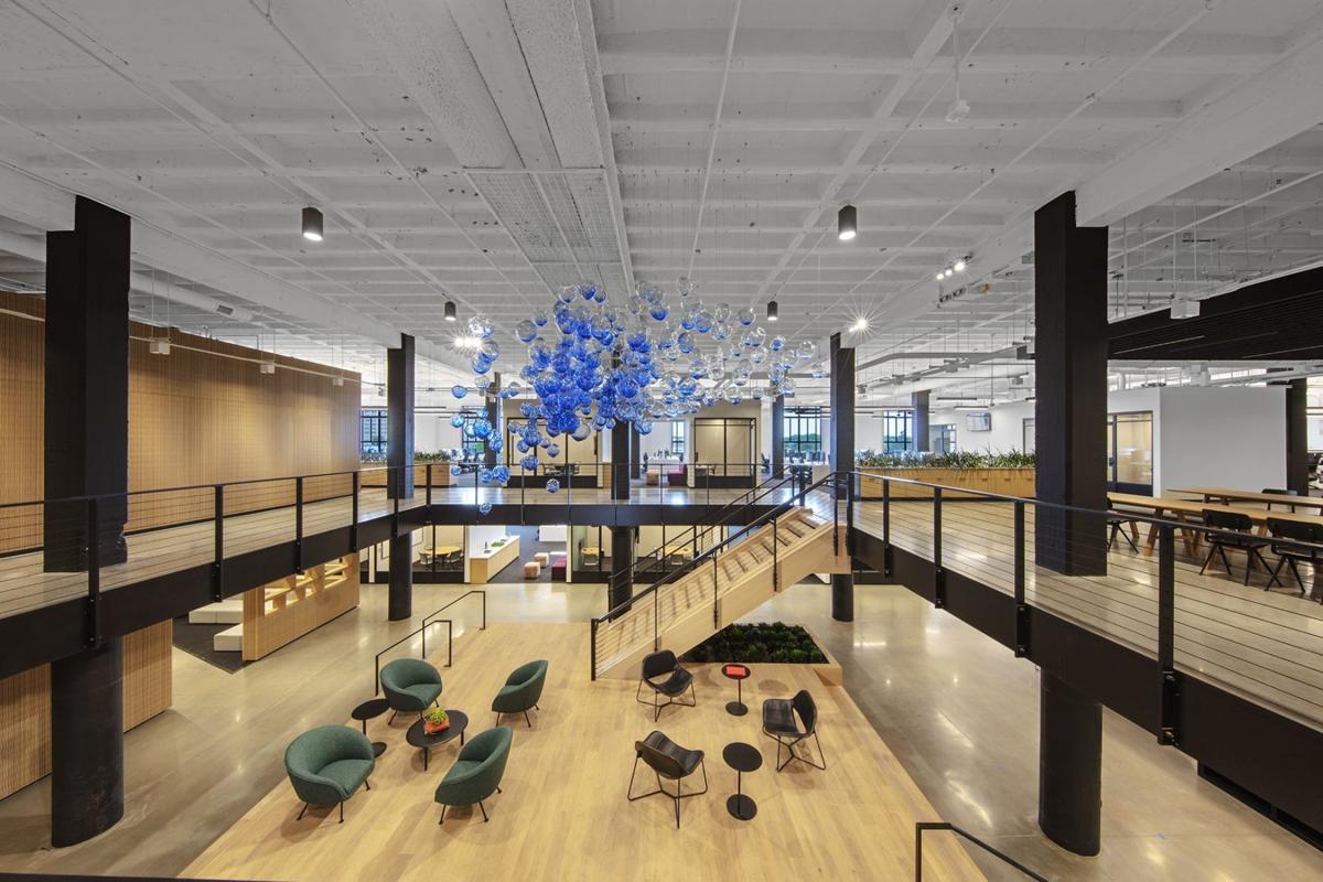 Square Saint-Louis office