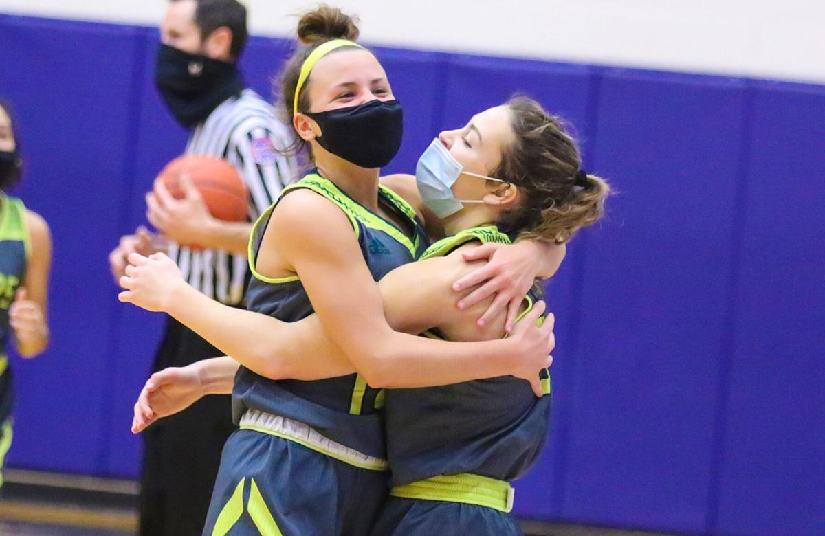 Lindbergh vs. Oakville girls basketball