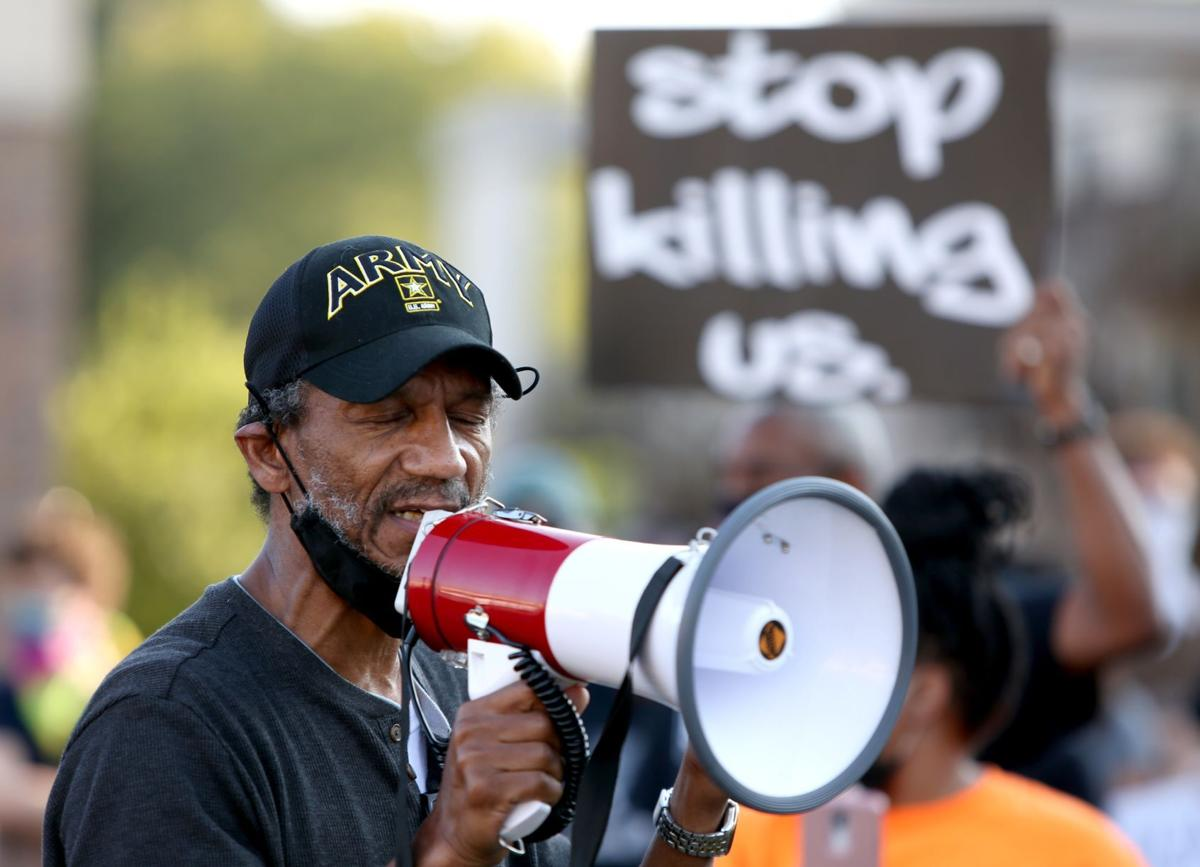 Protesters rally in Ferguson