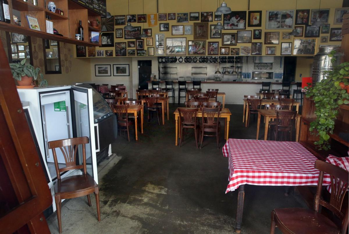Restaurants close voluntarily across St. Louis