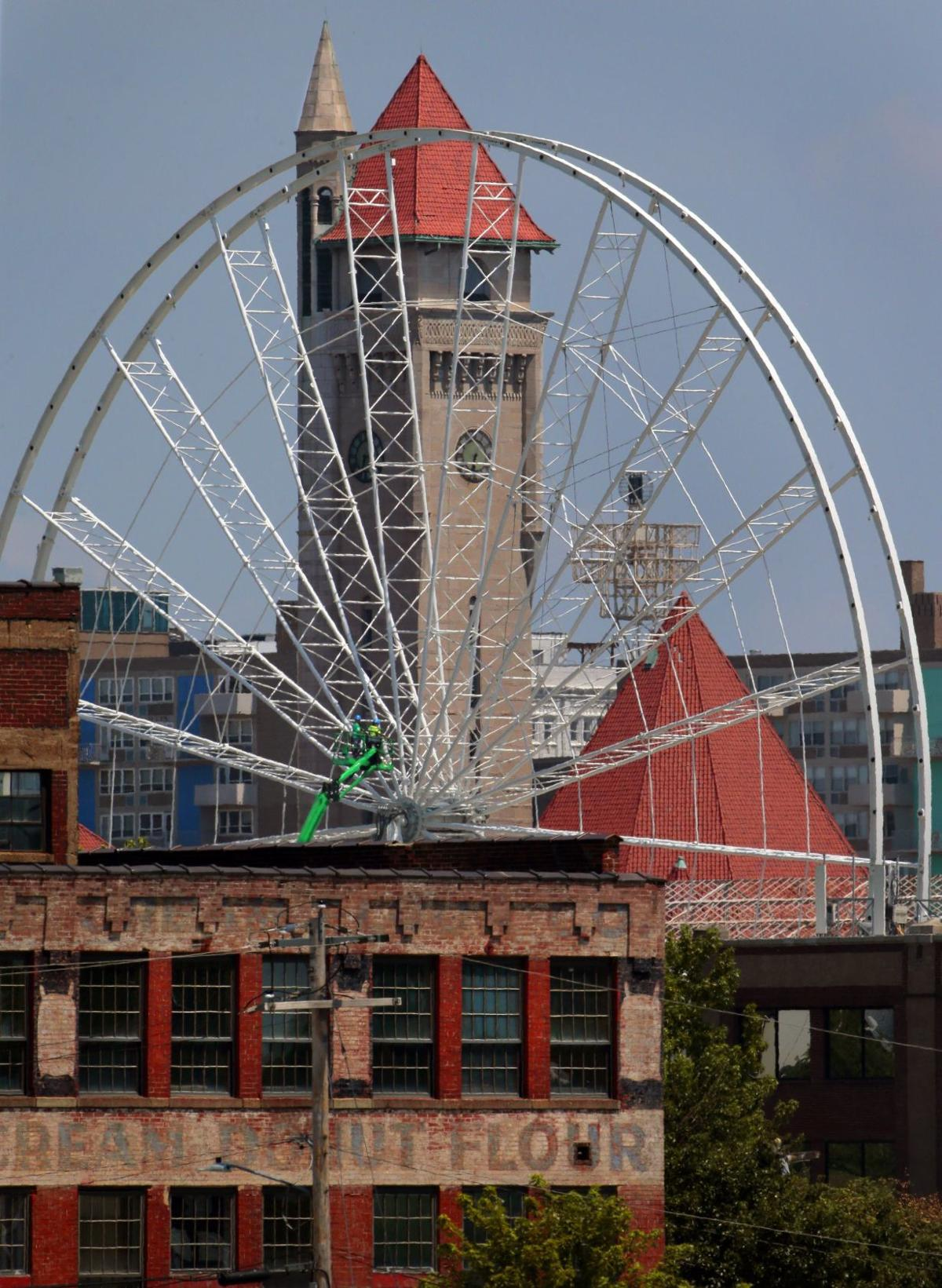 St. Louis Wheel aims for an October spin
