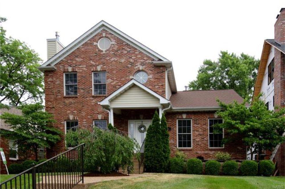 5 Bedroom Home In St Louis 770 000