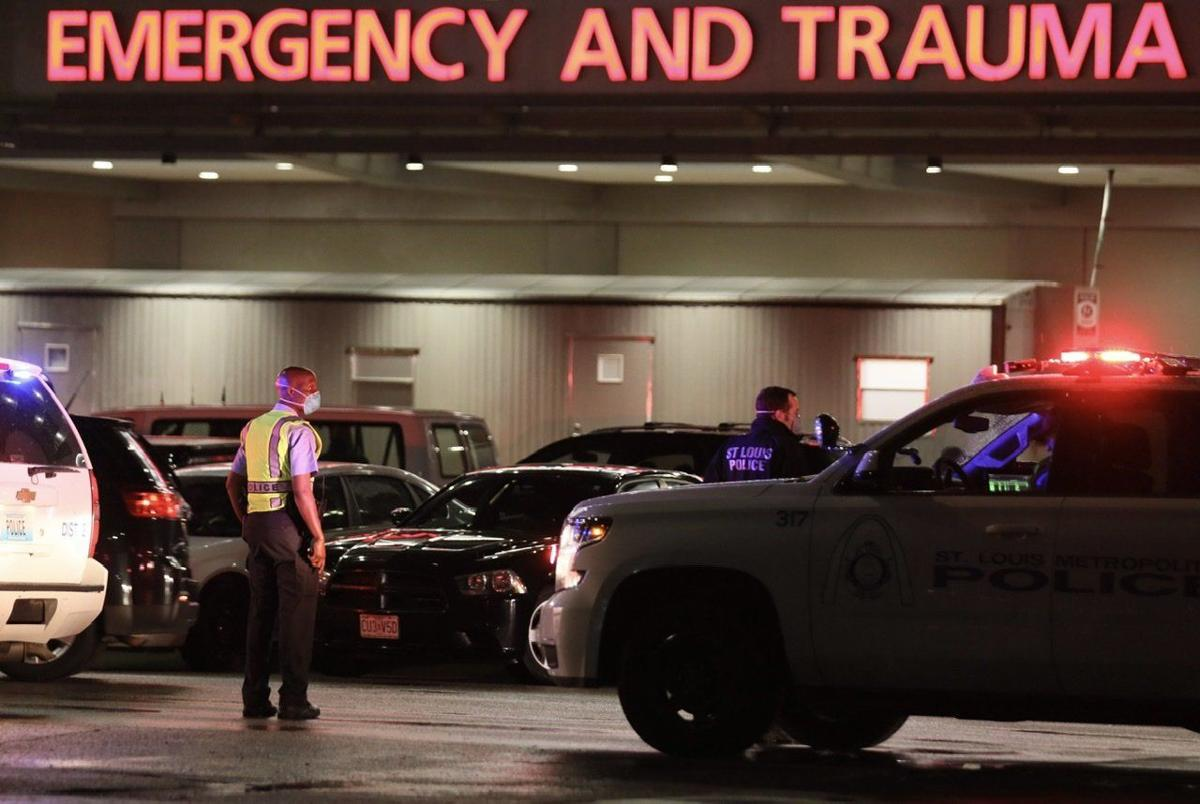 Webster Groves police officer shot