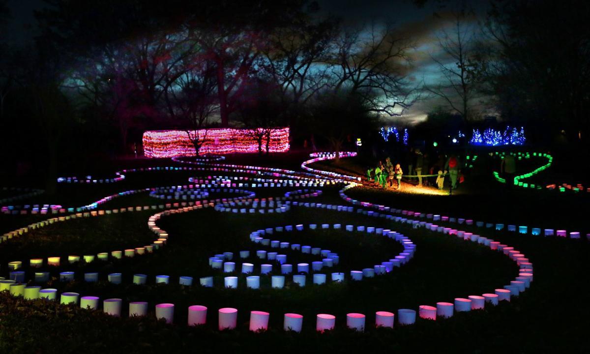 Photos Garden Glow Bursts With Color Holidays Stltoday Com