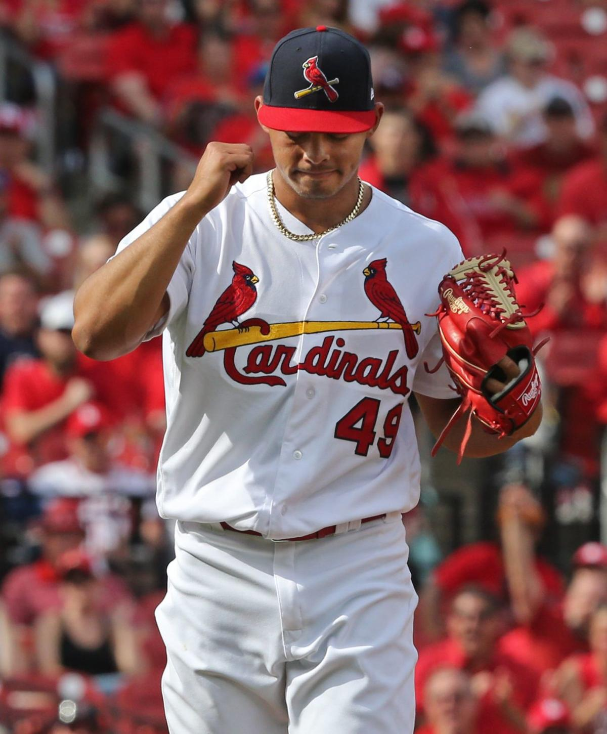 Cards beat the Padres 4-1 Sunday afternoon