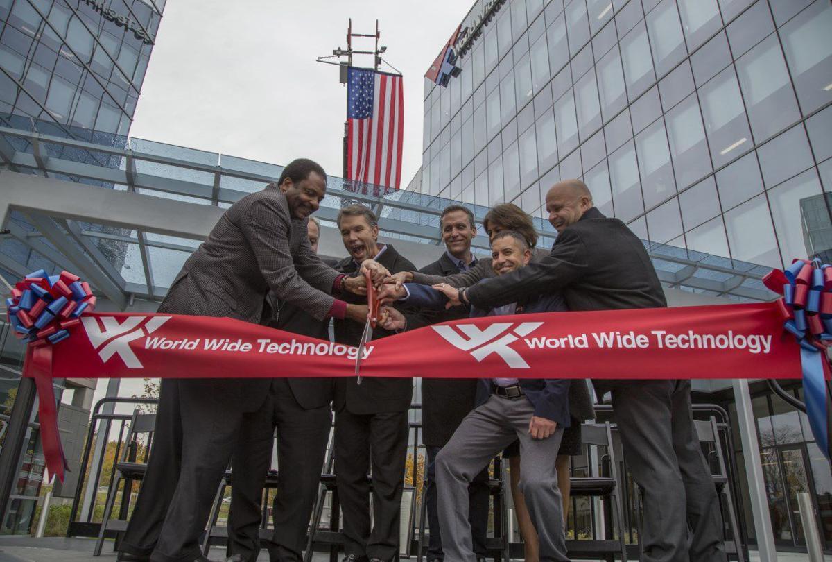 World Wide Technology ribbon-cutting