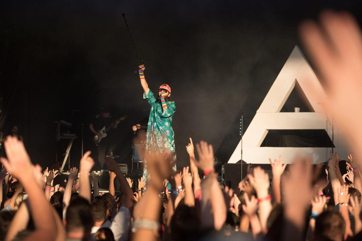 Jared leto and thirty seconds to mars throw a party at hollywood muse thirty seconds to mars at hollywood casino amphitheatre m4hsunfo