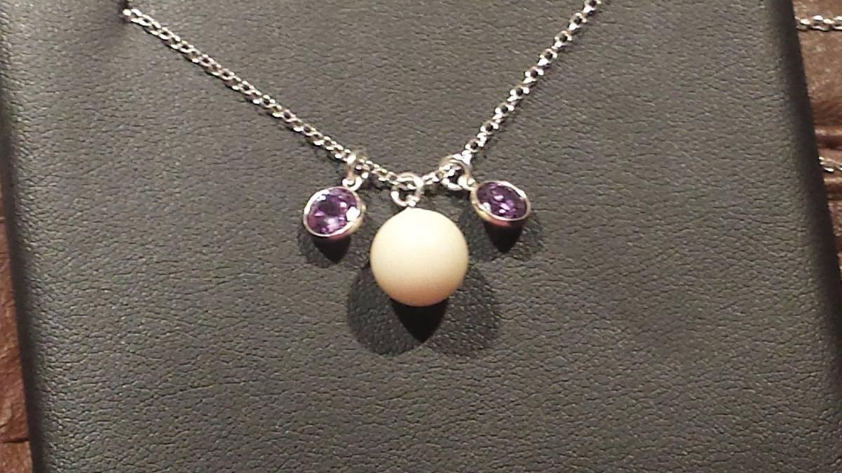 Breast milk jewelry 1