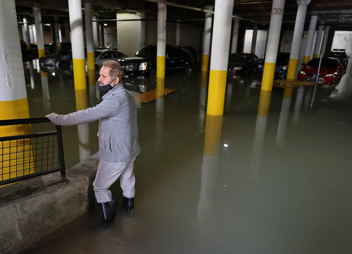 Water main break floods streets and basement garages in St. Louis