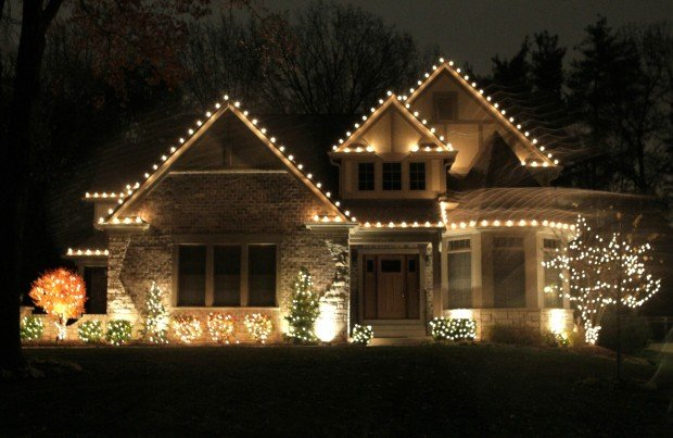 Holiday Lights - Dos And Dont's Of Outdoor Holiday Lighting Home And Garden