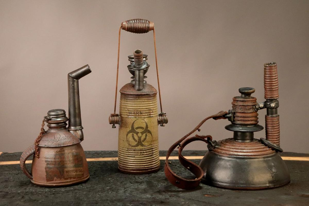 Tony Borchardt, ceramic artist