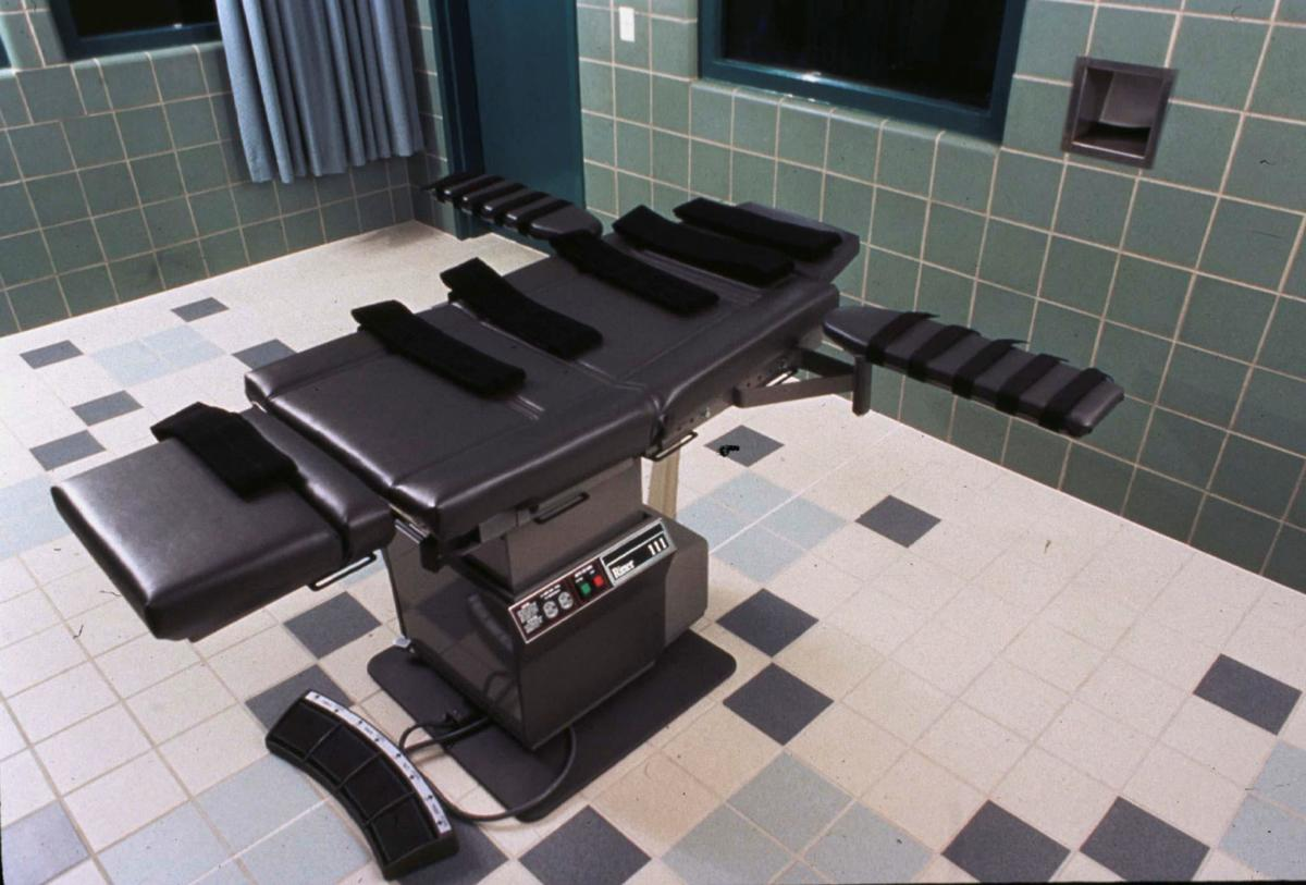 FILE PHOTO: The execution chamber in the U.S. Penitentiary in Terre Haute, Indiana U.S. is shown in this undated photo