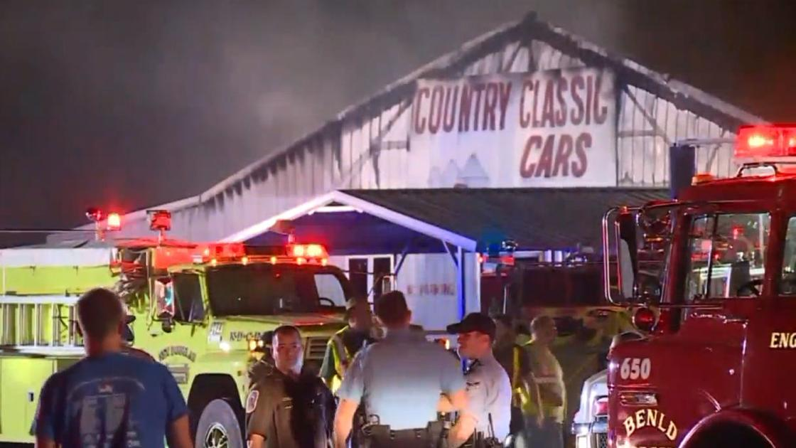 Massive fire damages Staunton\'s Country Classic Cars | Illinois ...