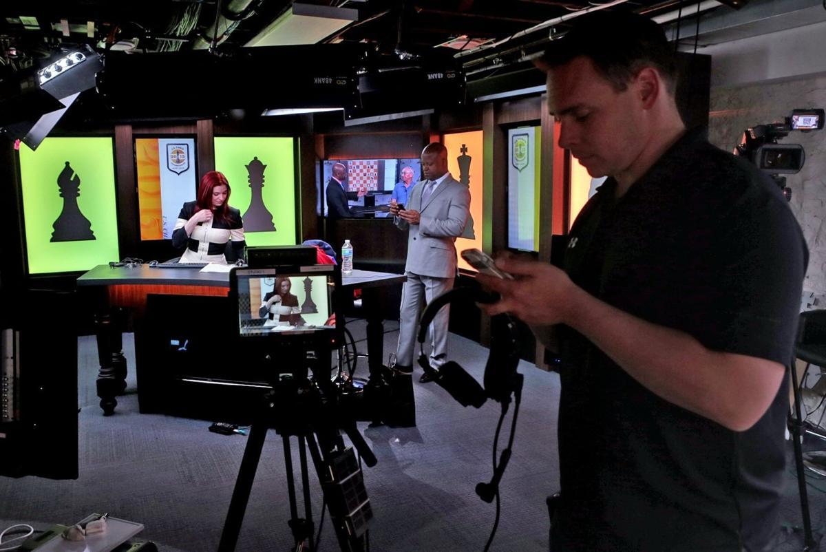 New broadcasting studio for 2015 U.S. Chess Championships- technical check